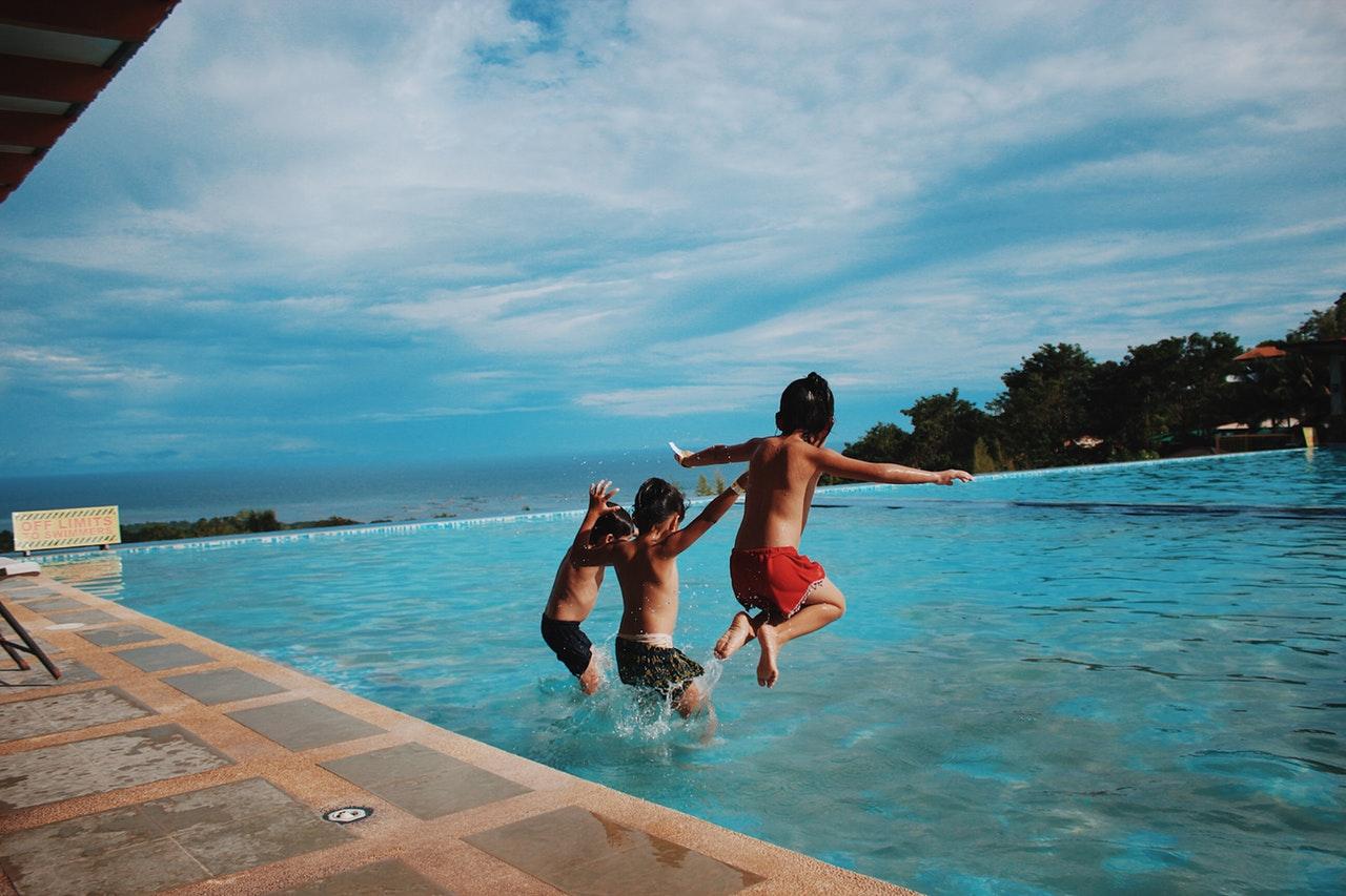 Tout savoir sur la piscine en inox